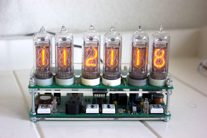 Nixie clock in operation
